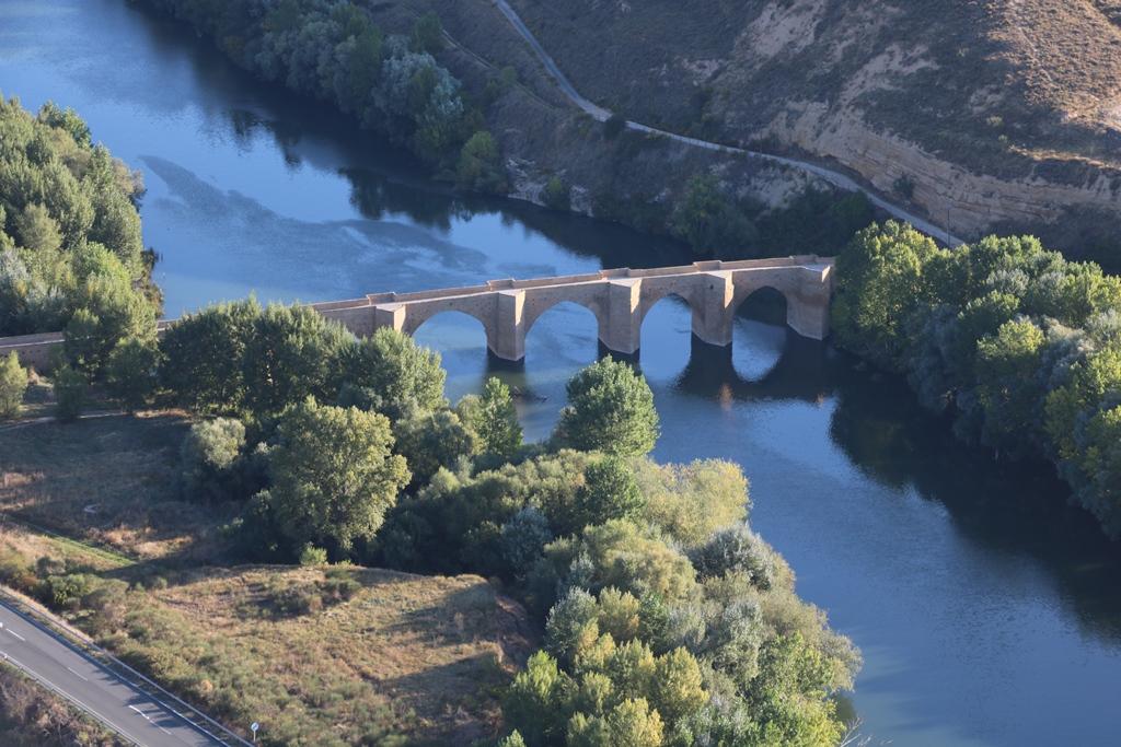vuelo viñedo puente